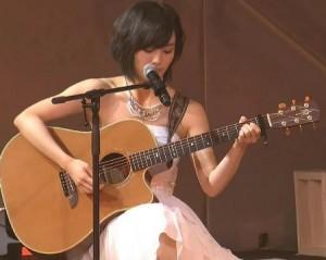 山本彩ギター②